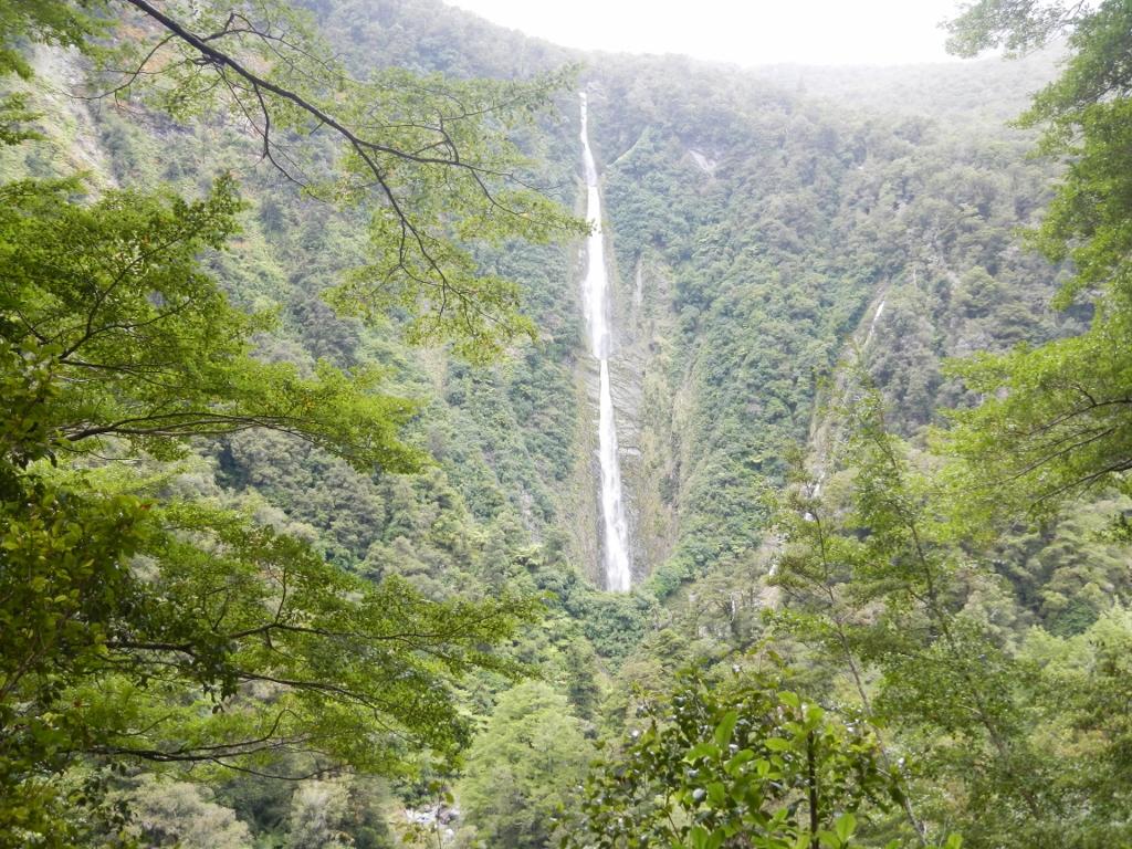 27022014_NZ_Fiordland_HumboltFalls_03 (1024x768)